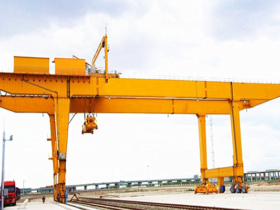 gantry cranes manufacturer in Ahmedabad